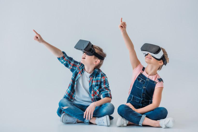 Дети в виртуале