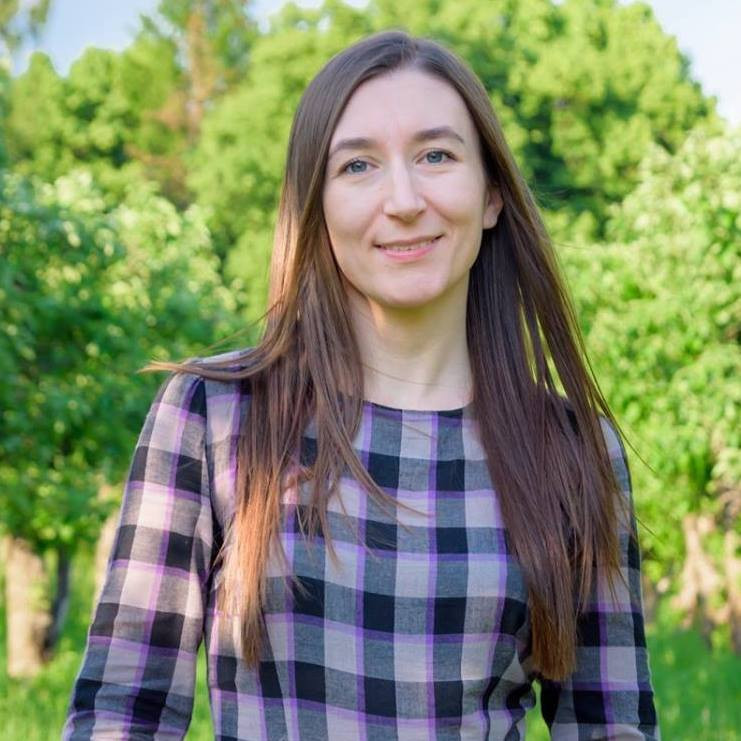 Алена Скорик - психолог, автор 4mama.ua