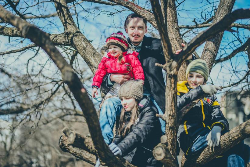 Владислав Головин с детьми - Тато року 2019