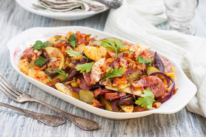 салат з картоплі