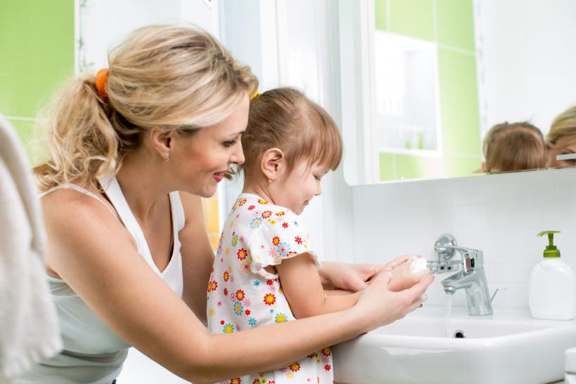 как научить детей мыть руки