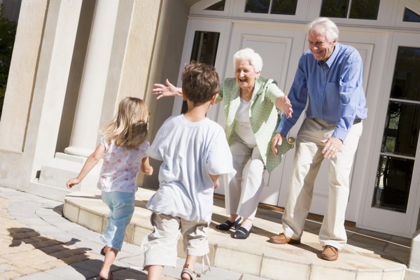 как общаться с бабушкой