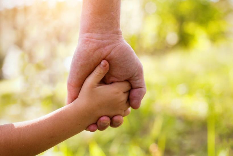 интернаты и приемные семьи