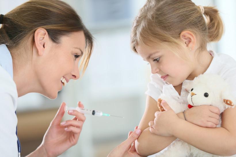 где сделать прививку взрослым