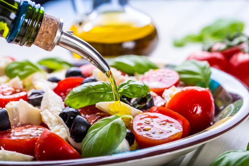 Помідори і оливкове масло