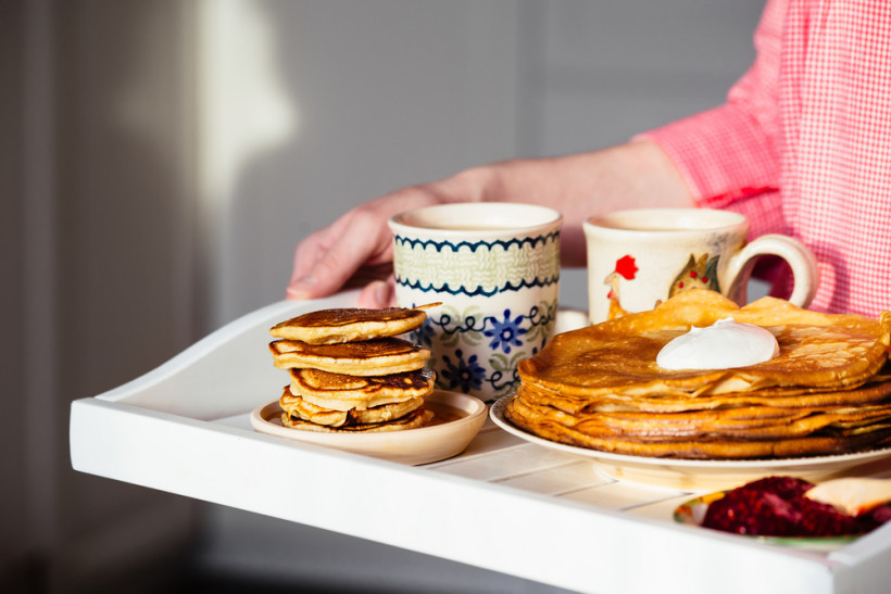 Традиционные голландские блины — pannekoeken — имеют несколько отличий от привычных нам русских блинов.