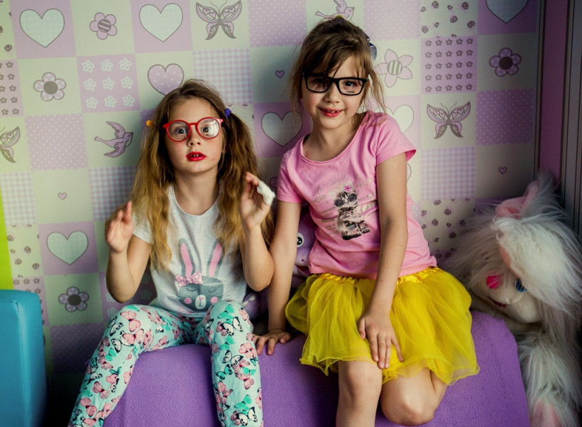 Дети с макияжем