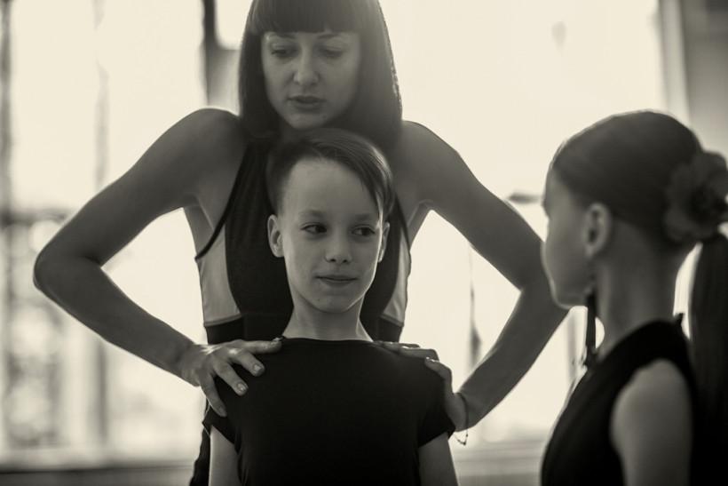 Тренер и мальчик  Илья - танцор Маленькие взрослые