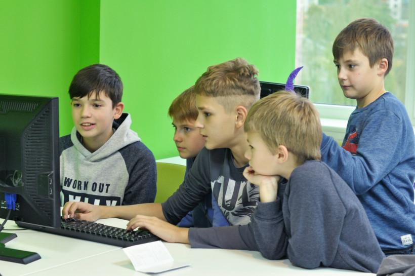 MAIN School - дети на занятиях MAIN Academy
