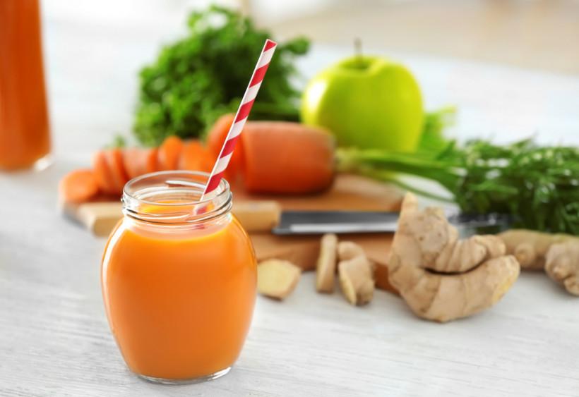 Морковь, имбирь и яблоко