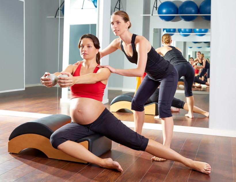 беременная гимнастимка