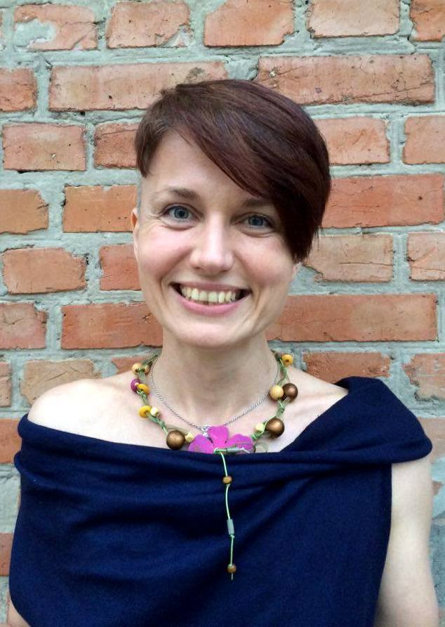 Наталья Онацко - мама Маши, инструктор йоги и автор статей