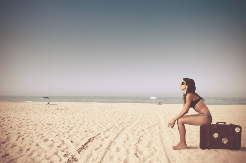 жінка пляж