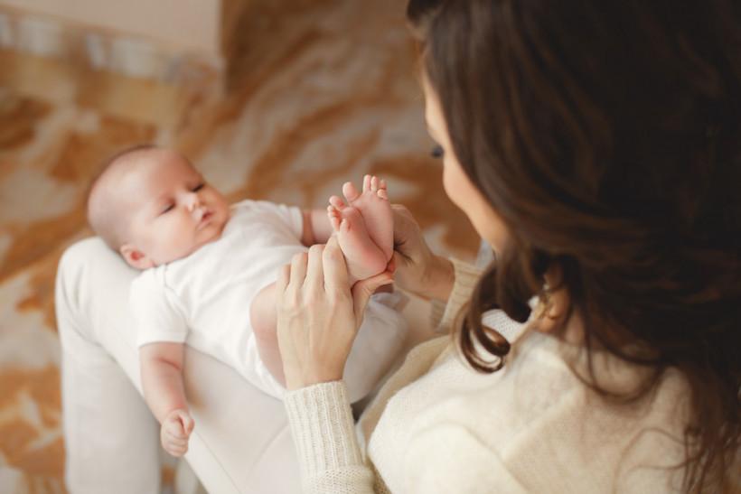 мама с новорожденным фото