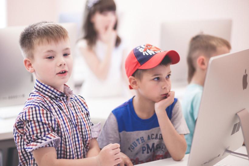 Дети из ThinkGlobal - альтернативной школы