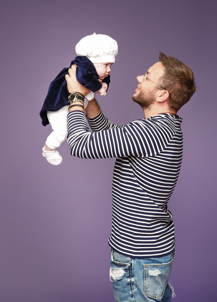 Анде Тан с ребенком