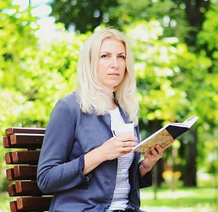 Ирина Хомчук - литературный блогер