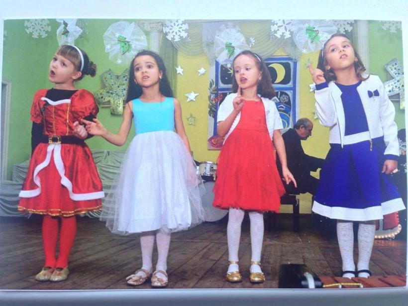 Дети поют в хоре