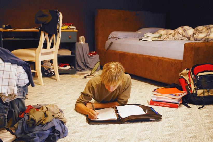 Беспорядок в комнате подростка