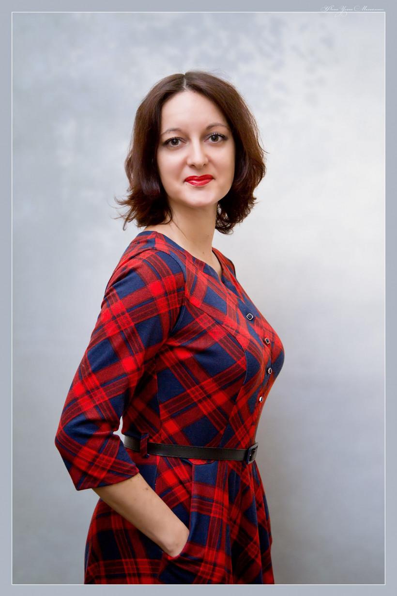 Наталия Габрильчук - мама девочки Дианы, автор статей, специалист по пиару