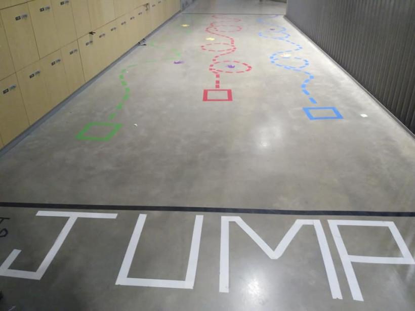Финская школа - разметка на полу для активных детей