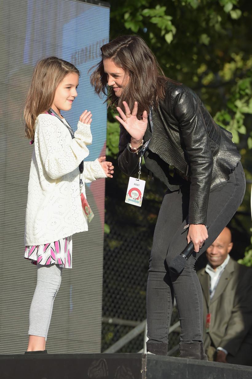 кеті холмс із донькою