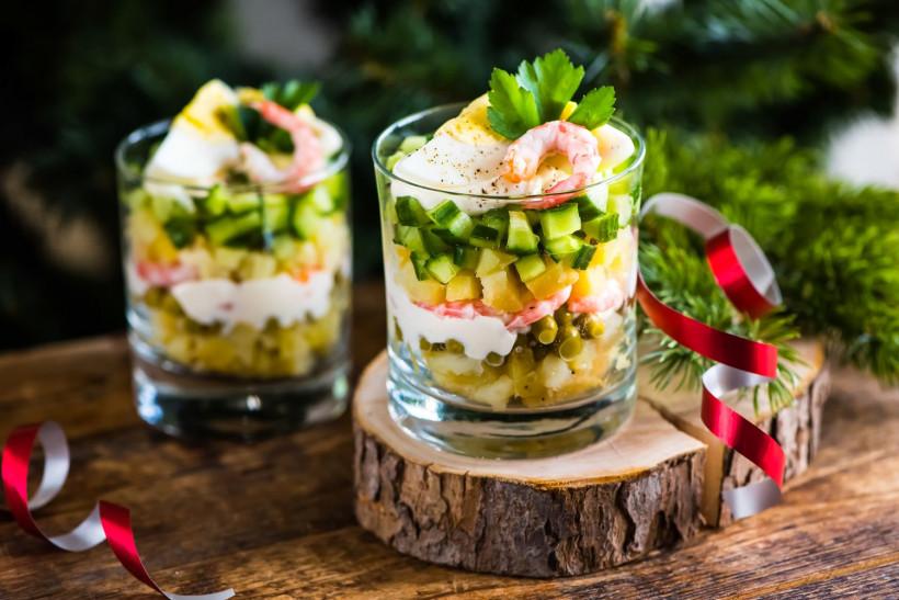 Салат оливье с кретками