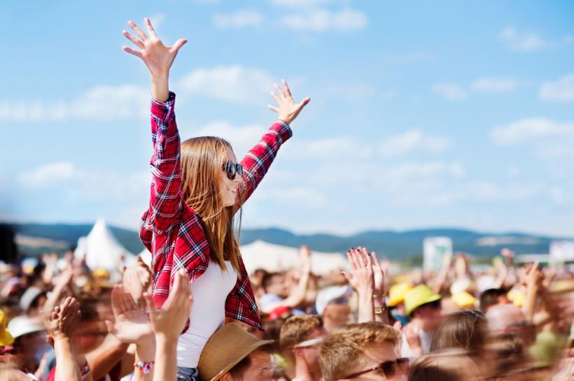 Студенты на фестивале - обучение в Словакии