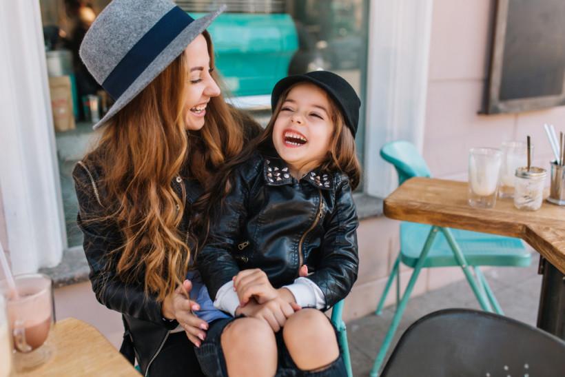 Мама с дочкой - воспитание дочери