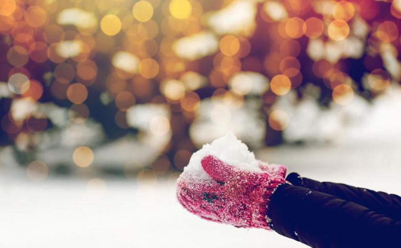 сніг руки