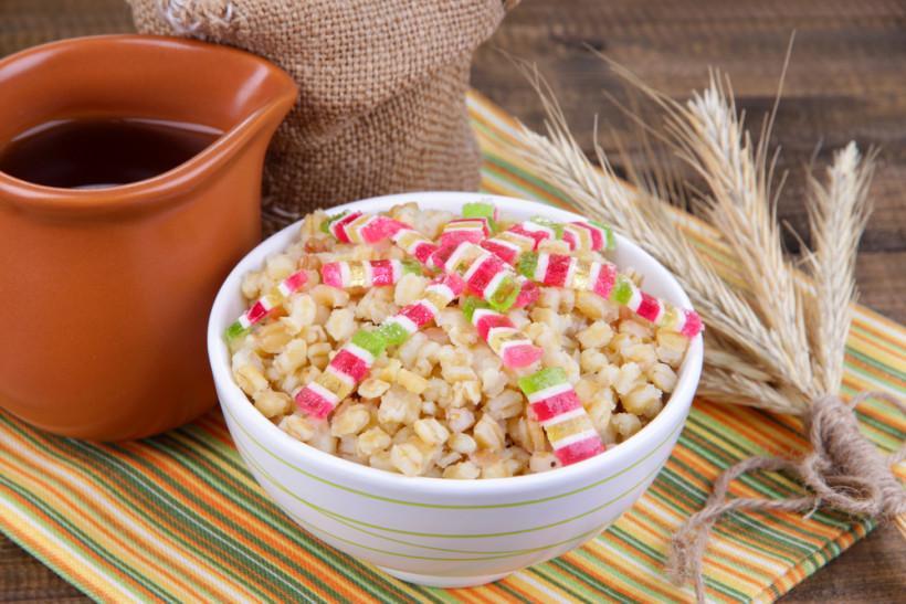 Кутя із пшениці з цукатами
