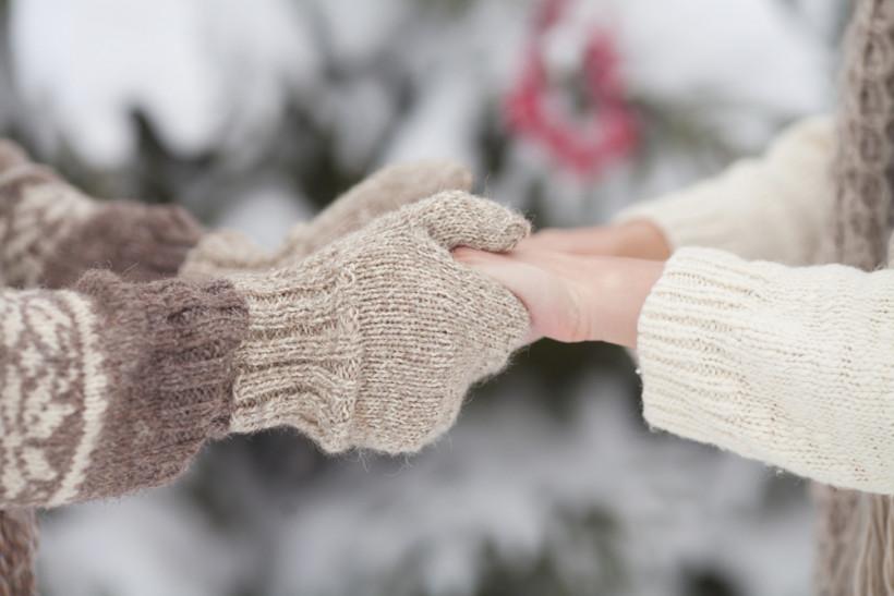 руки зима