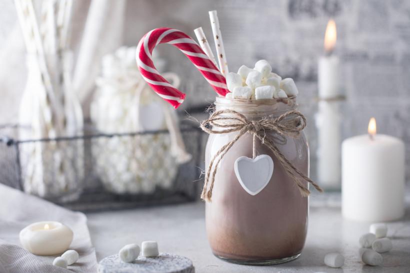 Десерт с финиками и какао