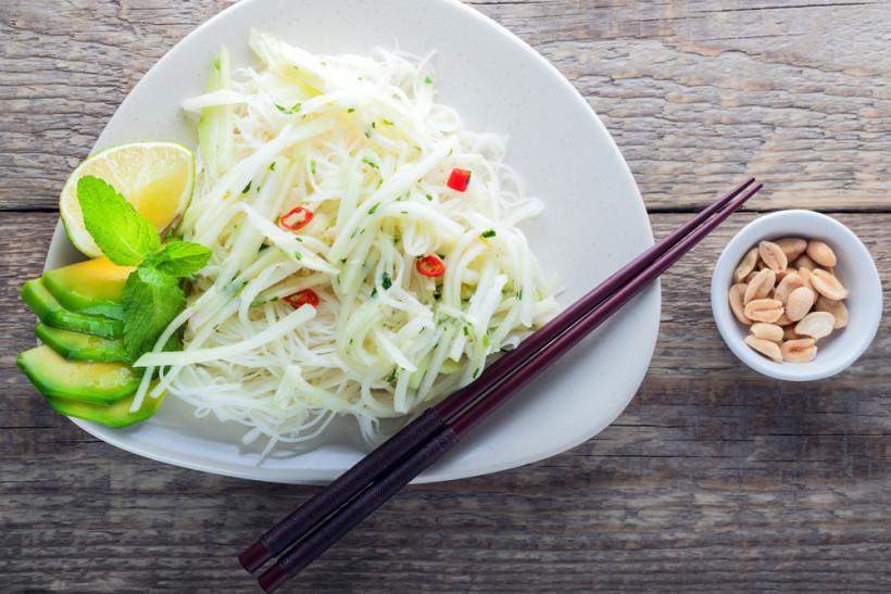 Салат із ріпи і шпинату
