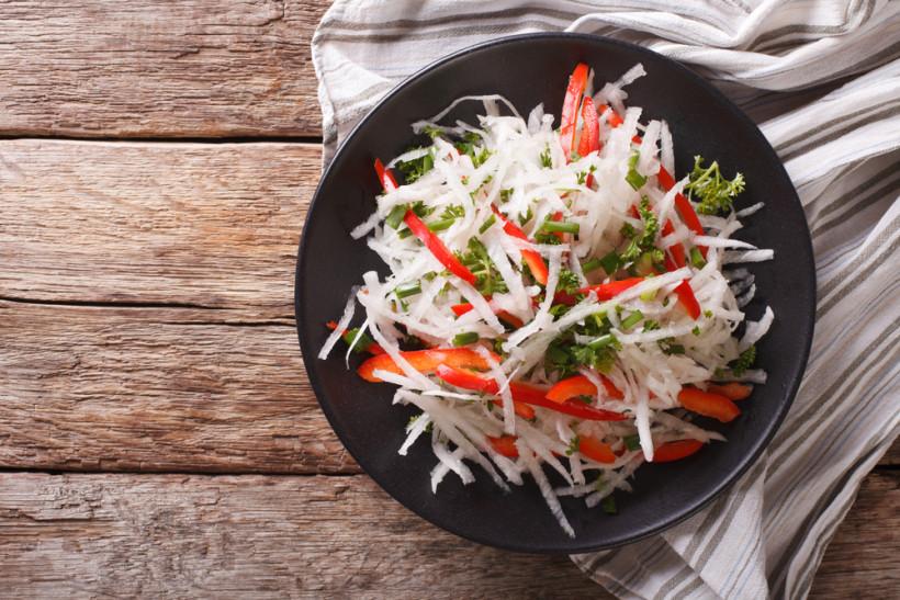 дайкон салат