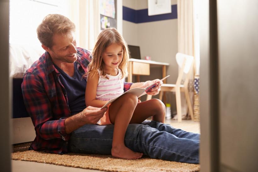 тато з донькою