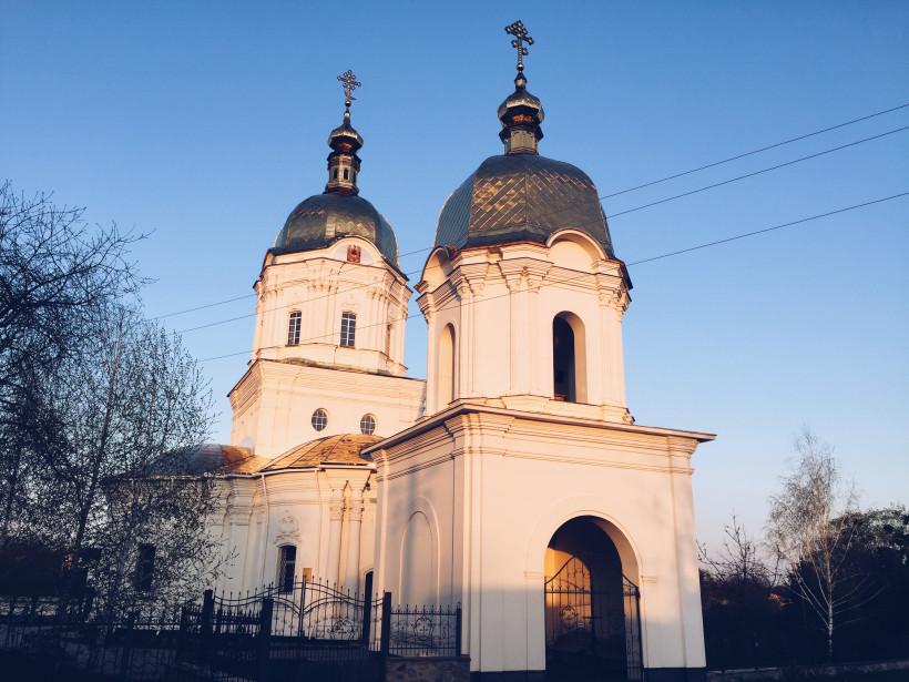 Гоголевская Троицкая церковь в Диканьке