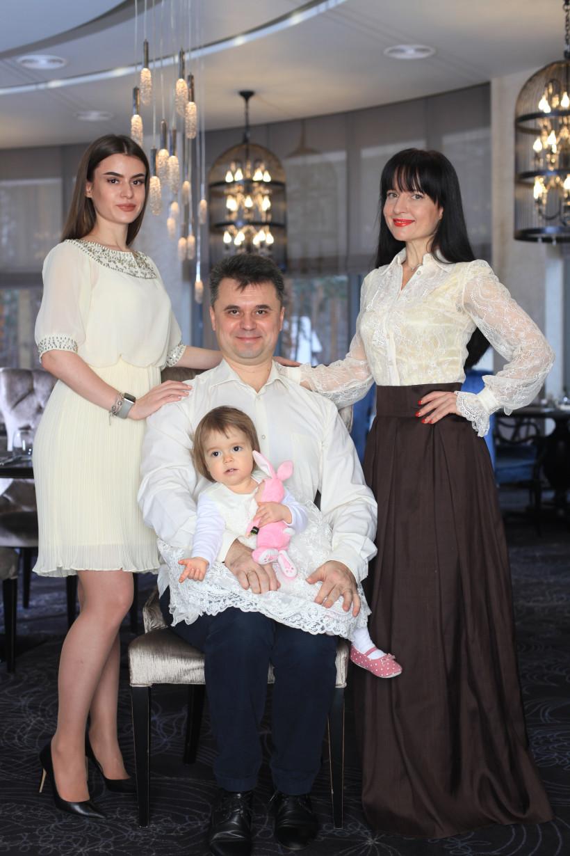 Оксана Тодорова и семья
