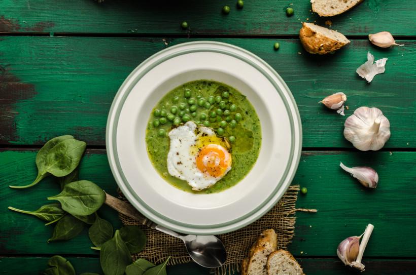 Крем-суп із молодого горошку