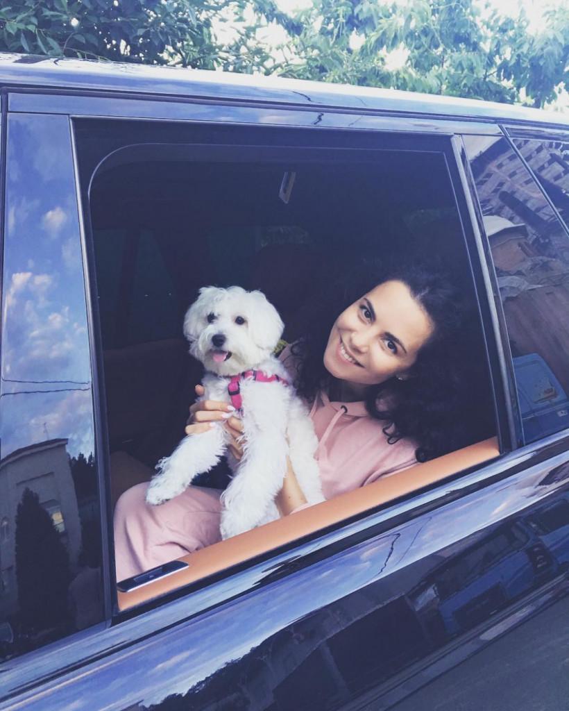 Каменская и собака Мими