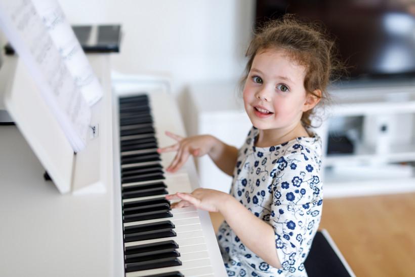 піаніно гра