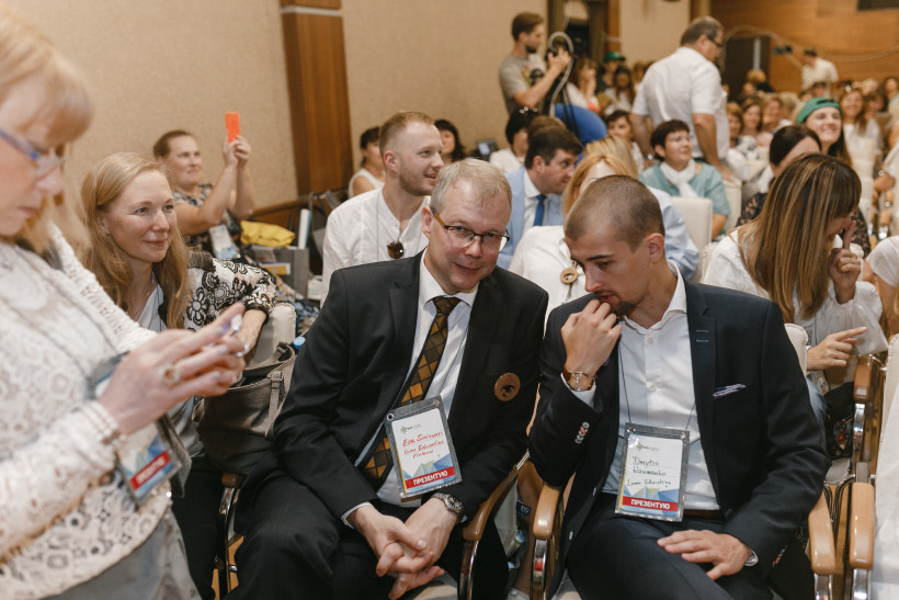 Эса Синивуори и Каису Хелминен та Дмитро Науменко на ЕдКемп