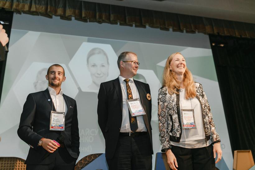 Эса Синивуори, Дмитро Науменко и Каису Хелминен