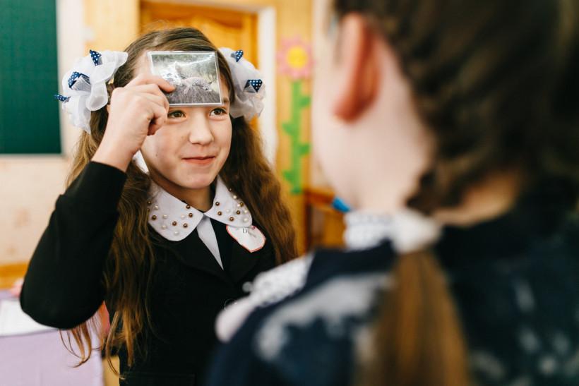 Дети в школе Трудолюб во время тренига финских учителей