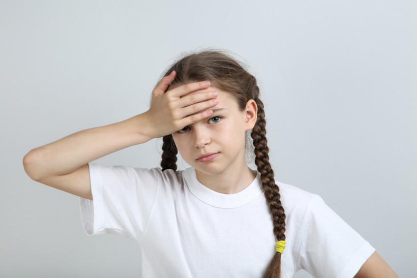 ребенок болит голова
