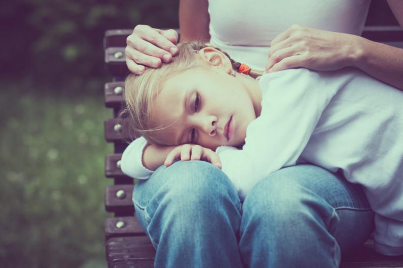 ребенок грустный