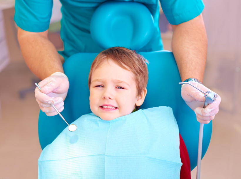 Стоматолог и ребенок