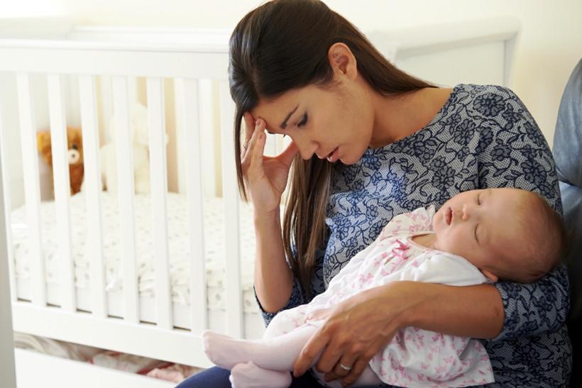 Навалилось: как избежать послеродовой депрессии?