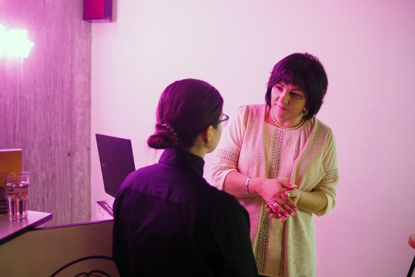 Елена Березовская с пациенткой