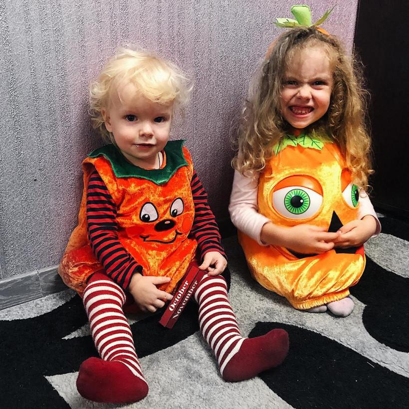 Дети Елены Стронг